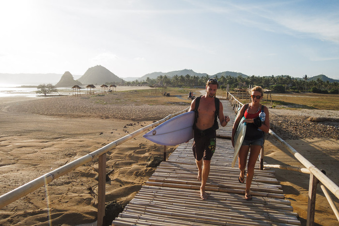 Surfing Lombok