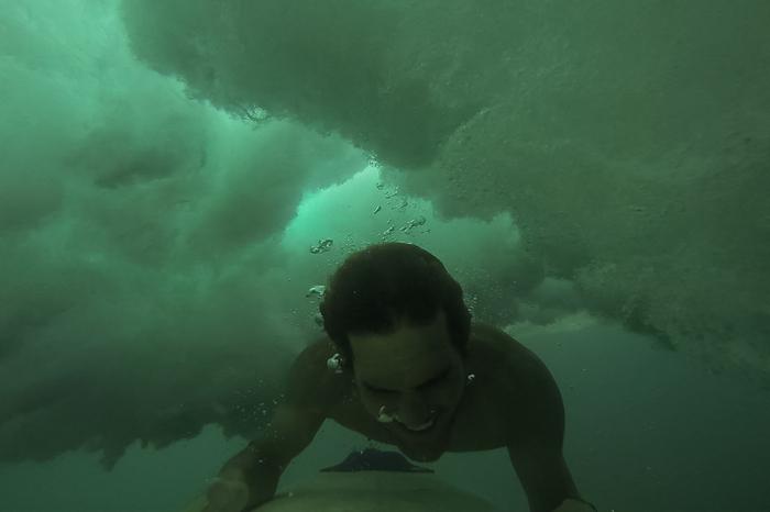 Surfing Sumbawa