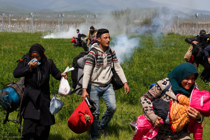 Teargas hits refugee tents in Idomeni